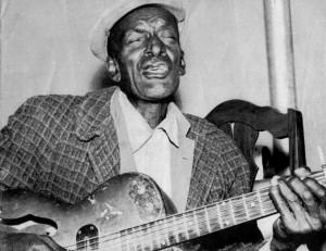 Sleepy John Estes country blues player